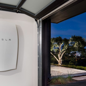 Battery Arrays Tesla Powerwall